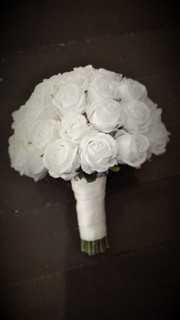 Sue's White Foam Roses, Rosebuds & Bling
