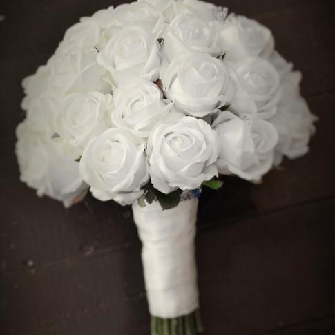 Sue's White Foam Roses, Rosebuds & Bling