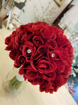 Red Roses with Diamantes