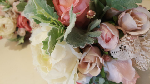 Champagne, Coral & Pink Roses, Buds & Dusty Miller with Pearls, Diamantes, Curatin Lace, Twine & Hessian Decoration