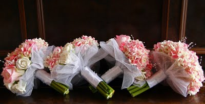 Pink Popcorn Hydrangea with Roses