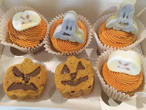 Halloween cupcakes and mini cakes