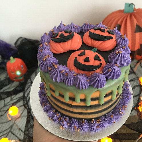 Halloween Pumpkins themed cake 4 inches