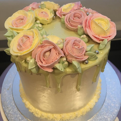 Italian buttercream floral cake - 6 inches