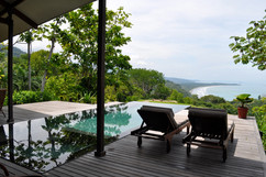 8.View of the sea  from the pool - Photo