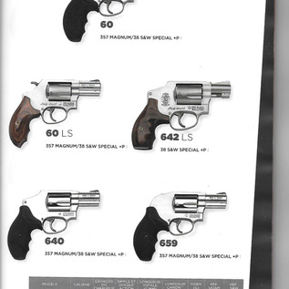 Smith & Wesson 17.jpg