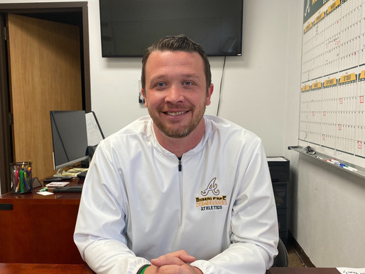 DRIVE DOWN MEMORY LANE: Academy AD Hunt remembers 2002 championship as current Bees advance to state
