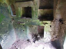 Lackeen Castle