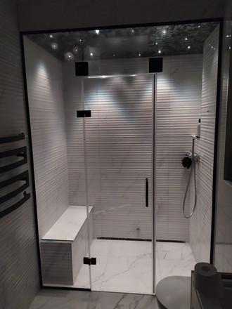 Tvaika pirts - dušas kabīne.