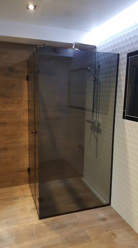 Glass shower.