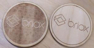Paliknis krūzēm ar firmas logo