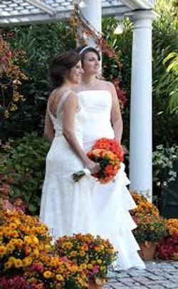 2 brides in autumn