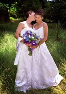female gay wedding