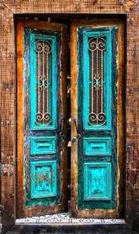 DOOR 2 PRESENT .jpeg