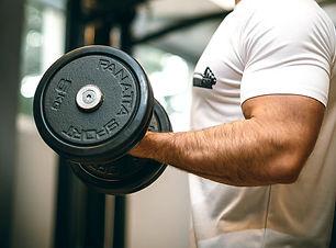 gym-2793007_1920.jpg