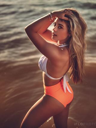 Morgan_Krizek-Swimsuit_0548.jpg