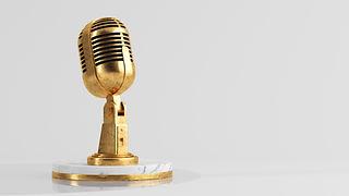 golden-microphone-podcast-concept-3d-ren