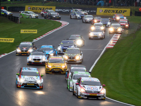 Epps Stars At Brands Hatch With Top Five Finish And First BTCC Pole