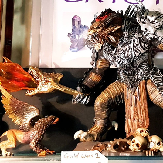 Guild Wars 2 Rytlock figurine with box