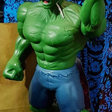 Hulk figurine (approximately 31cm height)