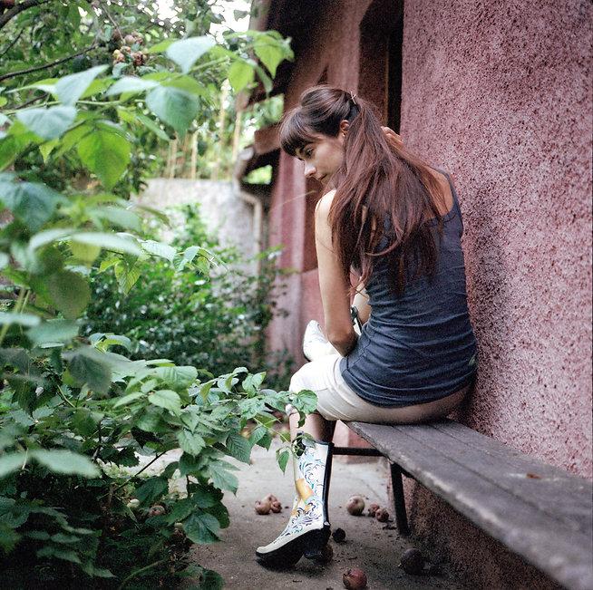 Julieta_Sans_A_Long_Adolescence (9).jpg
