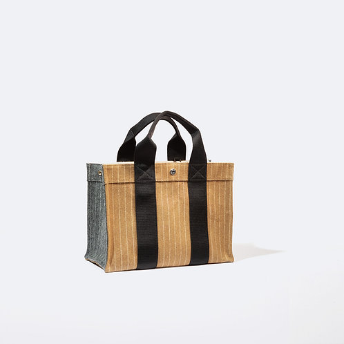TOTE M - Camel/Grey Striped Flannel
