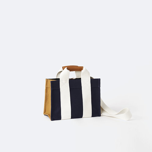 TOTE S - Navy/Camel Flannel