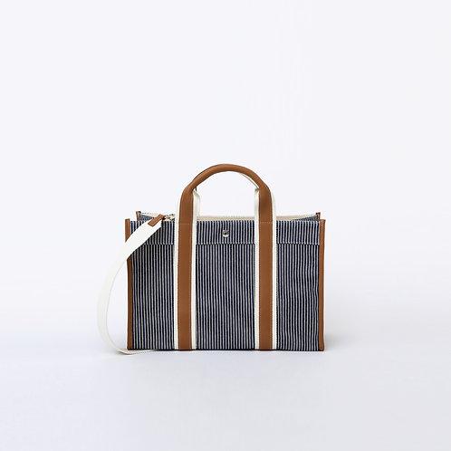 TRAVELLER M - Navy Fine Stripes