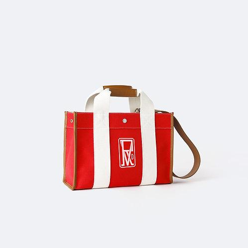 TRAVELLER M - Red Logo Print