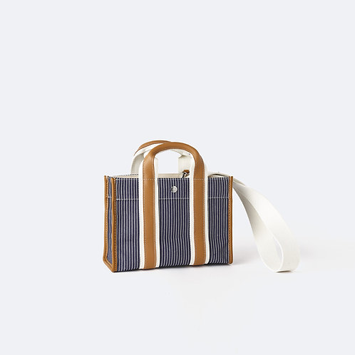 TRAVELLER S - Navy Fine Stripes