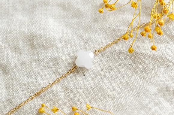 Bracelet trèfle - blanc facetté