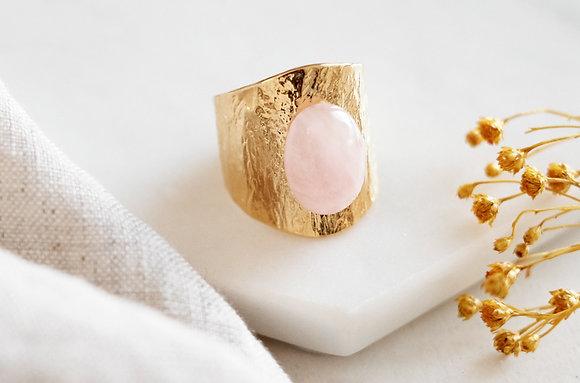 Bague martelée - quartz rose
