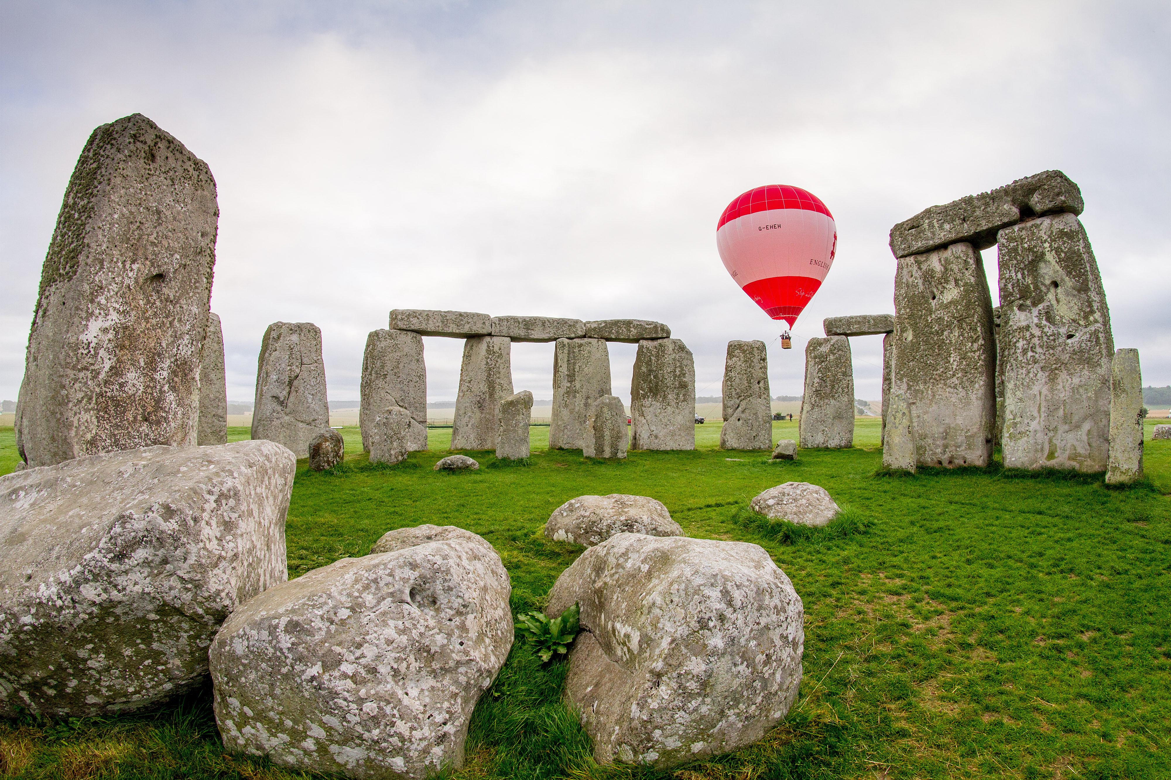 Stonehenge Balloon