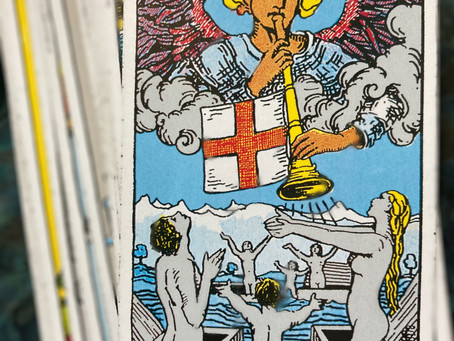 How Learning Tarot Will Improve Your Life