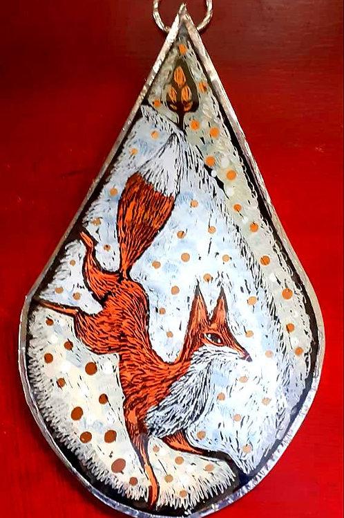 Teardrop fox wall hanging