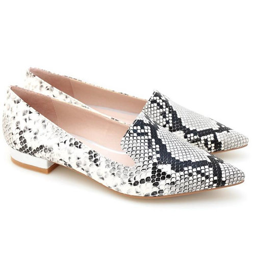 Pointed Toe Slip on (Snake)