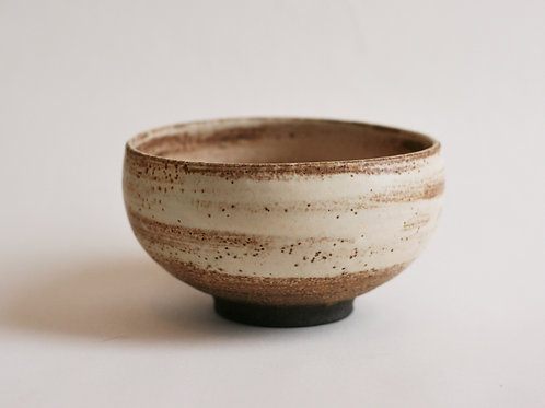 Cream Rounded Bowl