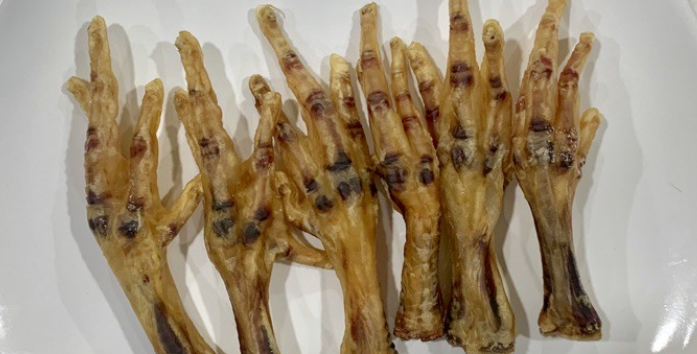 The Nutty Store Chicken Feet, 11 Pieces