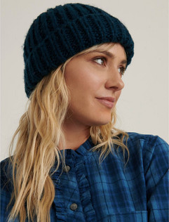 SOLID-KNIT-BEANIE-343.jpeg