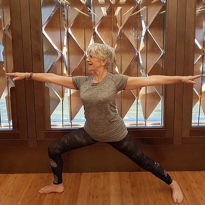 Yoga Virabhadrasana 2
