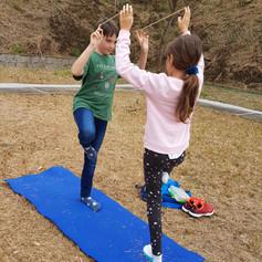 Hiking Yoga connecting