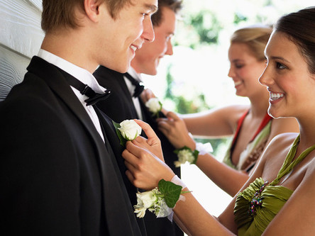 Helping Teenagers Deal with Prom Night Stress