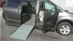 2016 Toyota Sienna LE 8-Passenger - 2