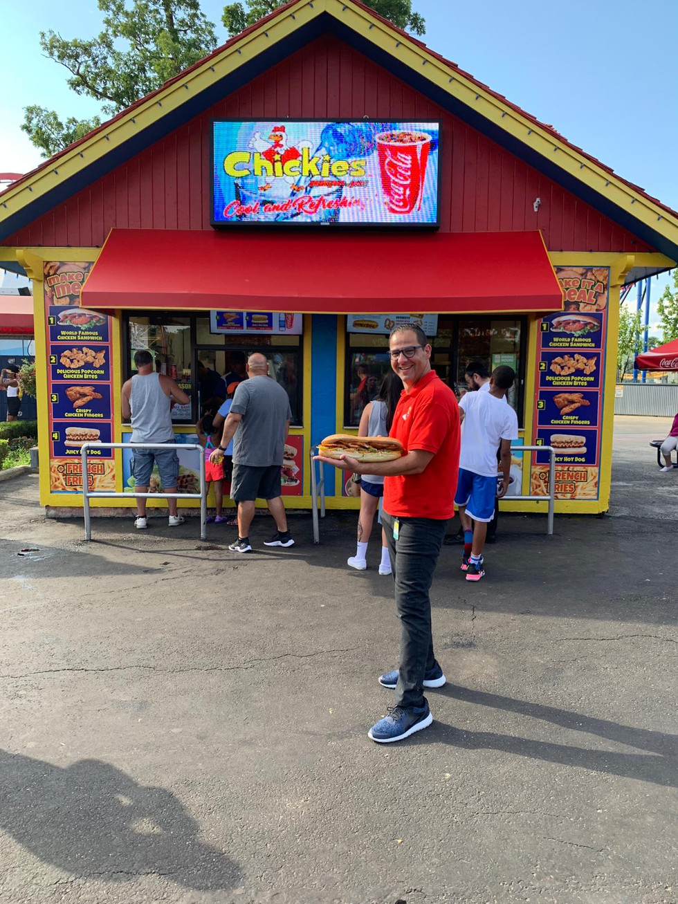 Chickies Food Six Flags