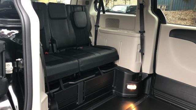 2019 Dodge Caravan (6)