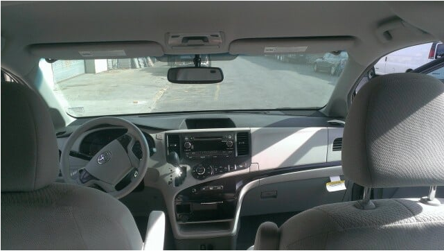 2016 Toyota Sienna LE 8-Passenger - 4