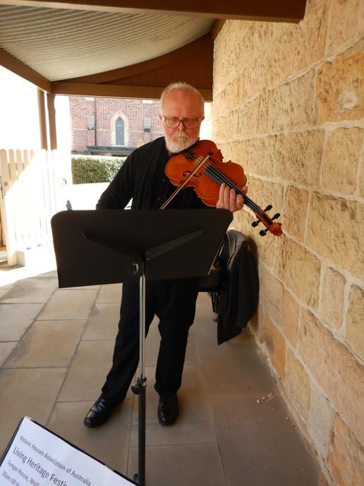 Robert Harris - Viola