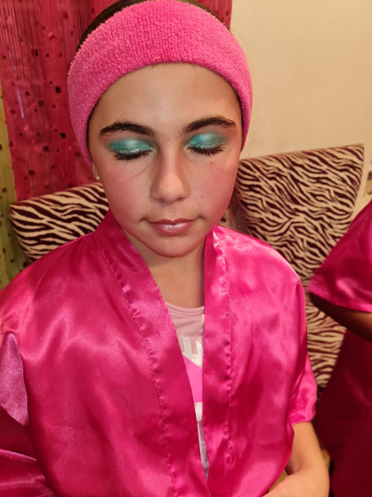 Mini Glam Makeup