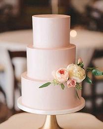 Smooth Buttercream Cake