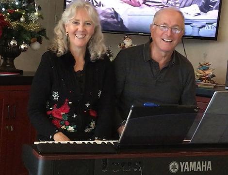 Linda and Dave bio pic sm.jpg